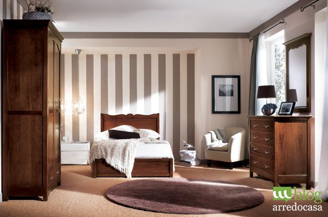 Mobili in arte povera e colore delle pareti come - Parete camera da letto tortora ...