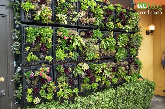 Giardino verticale fai da te per la tua terrazza m blog for Fioriere in legno obi