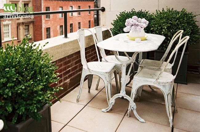 Come arredare il balcone di casa m blog for Piccoli piani di casa in metallo