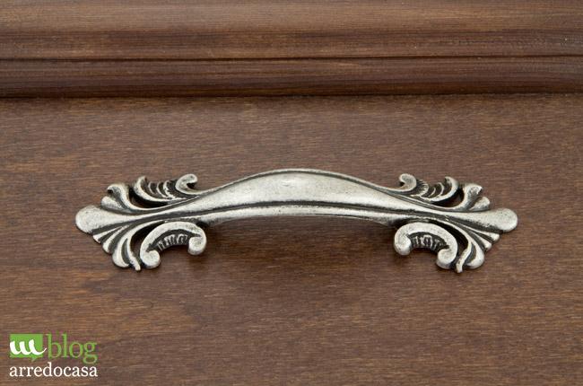 Maniglie e pomoli per mobili come abbinarli m blog - Maniglie classiche per mobili ...