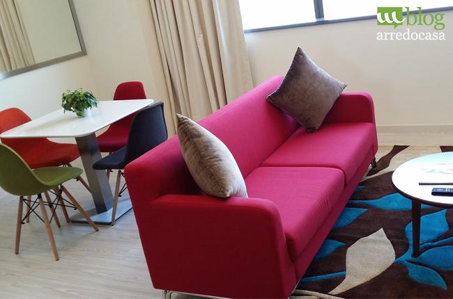 Arredamento low cost per una casa studenti m blog for Zona living moderna