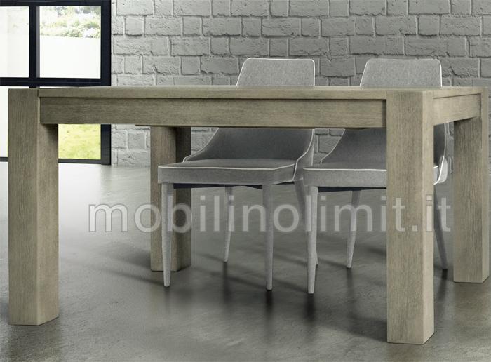 due sedie grigie abbinate ad un tavolo rovere patinato