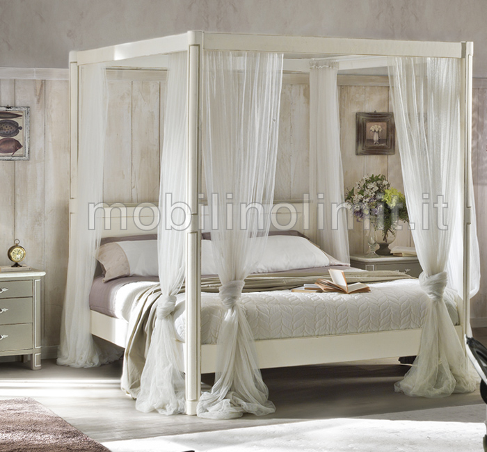 letto matrimoniale a baldacchino shabby chic. Black Bedroom Furniture Sets. Home Design Ideas