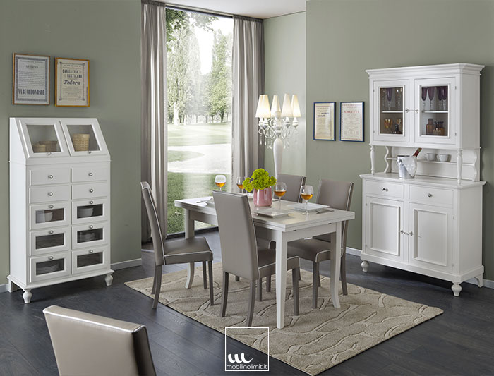 Sala da pranzo con dispensa bianco opaco for Sala da pranzo foto